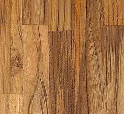 TEAK Hårdt, ædelt træ med tydelige åreaftegninger. Pladen kan ved modtagelsen være lys/grønlig, men bliver efter 3-4 uger mørkere til en mere grå/gyldenbrun til oliven farve med mørke aftegninger. Indeholder olier, som gør den ekstra modstandsdygtig overfor påvirkninger. Som en af de eneste træsorter vil teak desuden af sig selv danne et beskyttende lag som overflade. Det er denne hinde, som f.eks. bevirker, at teak ved helårs udendørs brug bliver gråligt. Til det eksklusive køkken, som kombinerer kvalitet med funktionalitet. Oprindelse: Afrika og Asien. Hårdhed: 7