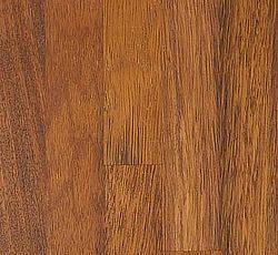 MERBAU Orangebrun farve som hurtigt bliver mørkere over i det rødbrune. Træets struktur og farvespil kan være ret nuanceret. Som en naturlig del kan der i merbau plader forekomme gule veddele i bunden af træets porer. Indeholder olier, som gør den ekstra modstandsdygtig overfor påvirkninger. En eksotisk og elegant plade, som vil fremhæve ethvert køkken. Oprindelse: Sydøstasien. Hårdhed: 8