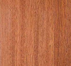 MAHOGNI SIPO Klassisk mørkebrun farvetone, som med årene bliver noget mørkere. Til bordplader er Sipo den absolut mest velegnede mahogni type. Til det eksklusive køkken, som kombinerer kvalitet med funktionalitet. Oprindelse: Afrika. Hårdhed: 6
